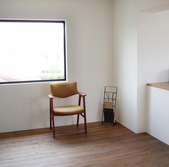 物が少ない部屋の画像